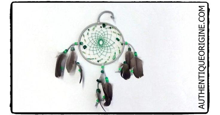 Capteur de rêve Boho Style 001  30$/can + taxes  Plumes de Bernache, billes de verre et bois. cuir véritable et Fil Végétale  anneau de métal.