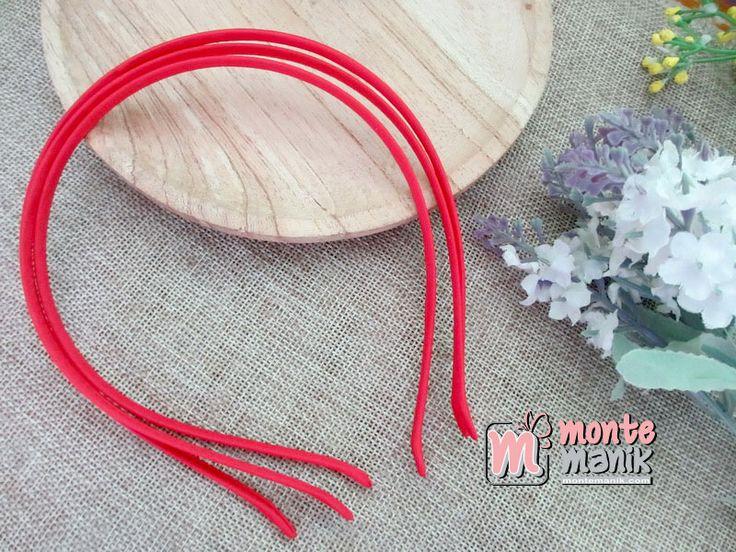 http://montemanik.com/product/bando-besi-lapis-satin-merah-bnd-04/ Bando Besi Lapis Satin Merah Lebar Bando 0,5 cm Warna merah Material  bando besi kain pelapis bando dari kain satin  Harga / biji  bahan bando, bando, bando plasik, bando rambut, montemanik -  - #BahanBando, #Bando, #BandoPlasik, #BandoRambut, #Montemanik -