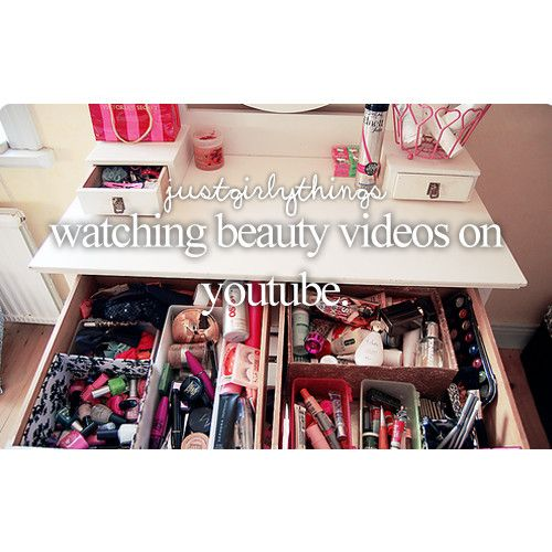 Zoella Sprinkleofglitter Tanya burr Beauty crush Iclelivzi Are some of the best beauty YouTube bloggers xx