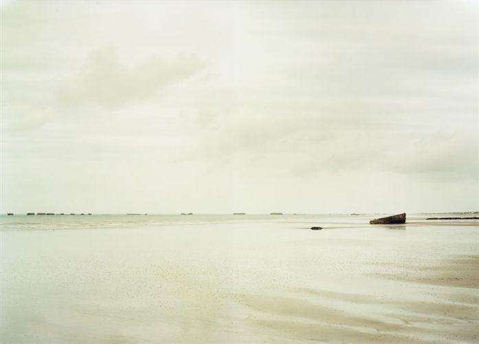Arromanches-les-Bains II, Frankreich by Elger Esser on artnet Auctions