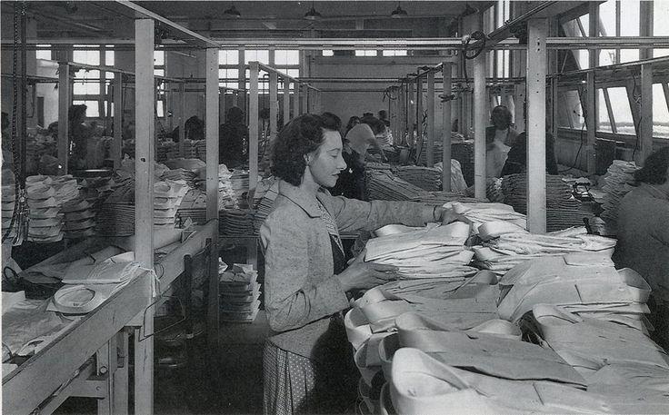 Folding shirts at the Pelaco factory, Richmond.