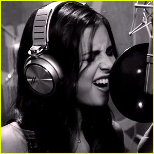 Carly Rose Sonenclar Covers Bruno Mars 'Runaway Baby' - Watch Now!