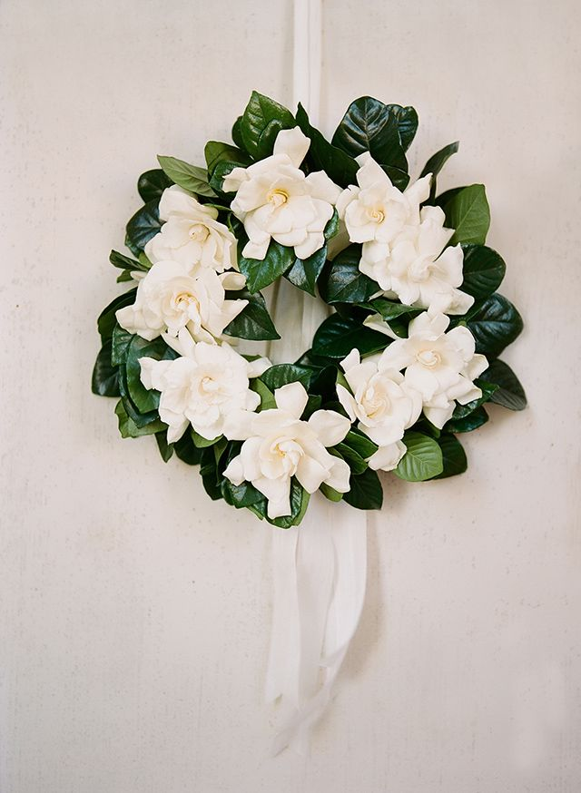 Gardenia wreath! Classic wedding details all on Snippet & Ink.