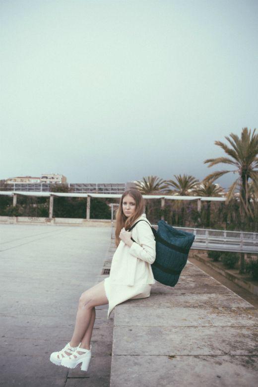 Bleu et blanc, editorial de moda, Zurda Magazine. (Laura Rodellas photography)