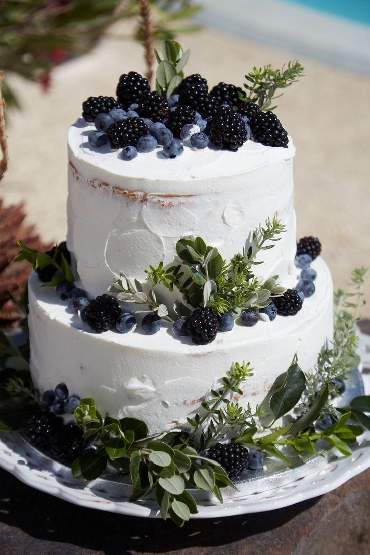 Künstler, Kuchen, lecker, Beeren, Grün, 3 Ebenen, Santorini Hochzeiten   – ORGANIC WEDDING