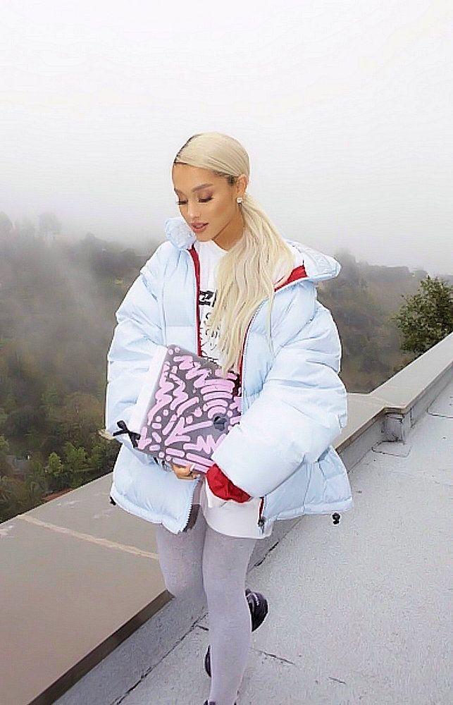 Ariana Grande - Out in LA - March 11 2018  65e3a443a