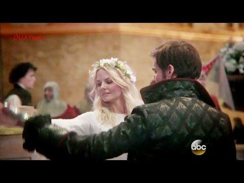 once upon a time hook kiss Jennifer morrison is back in this once upon a time sneak peek: see emma and hook's reunion kiss.