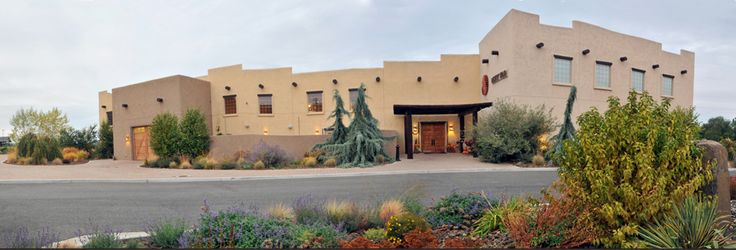 Desert Wind Winery, Washington state wedding venues. Prosser Washington #weddingvenues