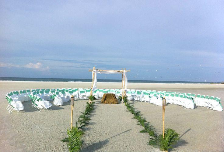 Circle Seating Arrangement For Beach Wedding
