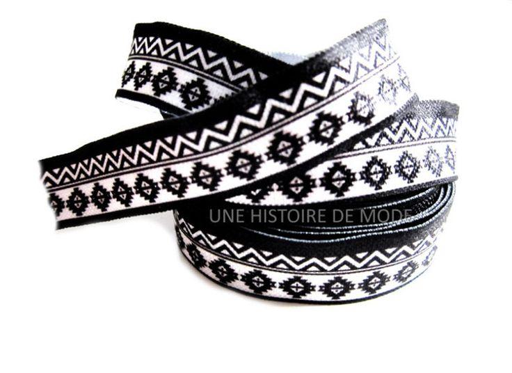 Ruban élastique noir et blanc Ethnique et graphique - 15 mm de largeur - ruban stretch Aztèque - biais ( au mètre )