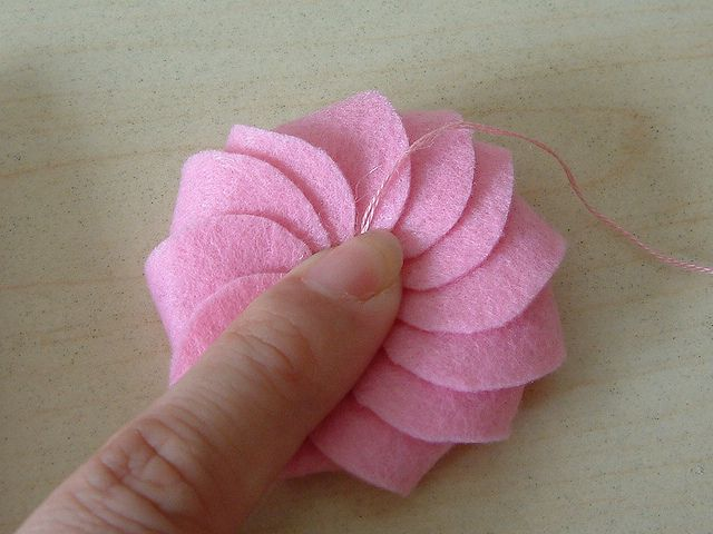 Free Felt Instructions - Cream Cookies