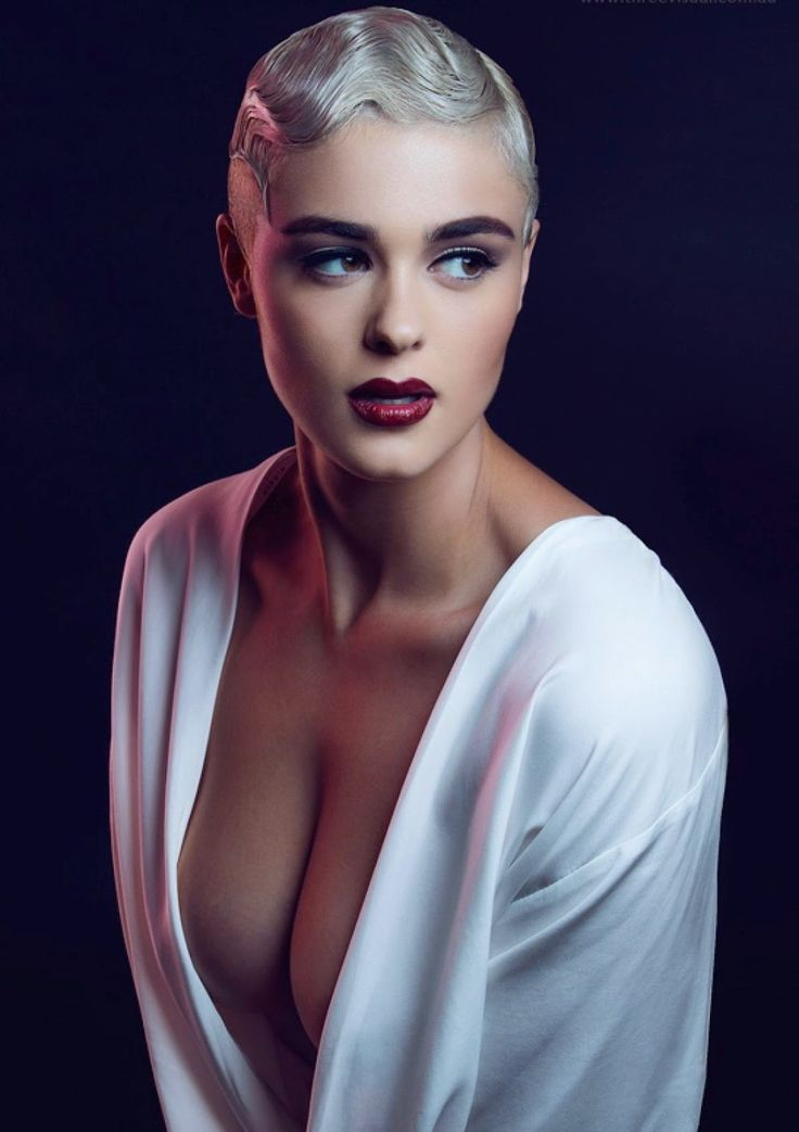 Shaved head models google search k nslan pinterest for Couchtisch 1 00 x 1 00