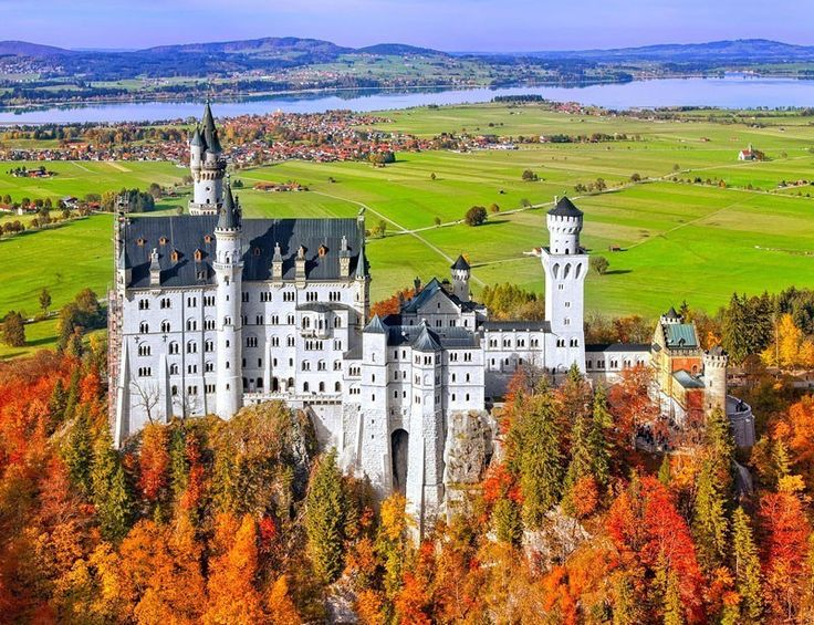 Amazing View of Neuschwanstein Castle | TOP 10 Best Places to Visit in Germany