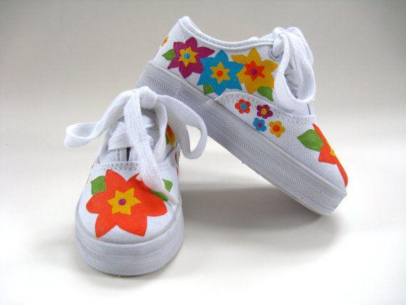 Girls Flower Shoes Hand Painted Canvas por boygirlboygirldesign