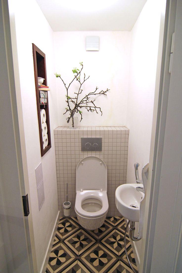 modern bathroom, antique tile