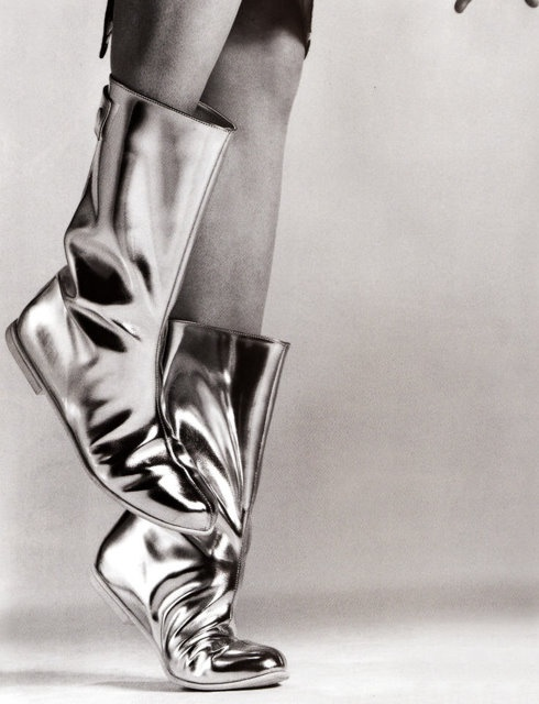 Silver Boots: Dear Shoes, Style, Metals Boots, Shoes Boots, Silver Shinee, Precious Metals, Boots Silver, Metals Shoes, Silver Boots