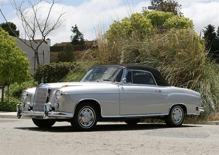1960 Mercedes-Benz 220 SE Convertible by Classic Showcase