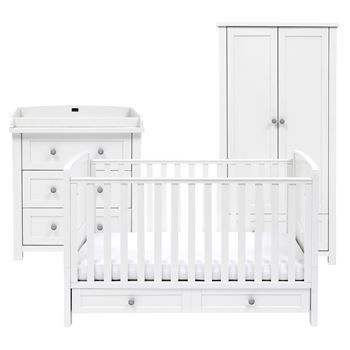 The Silver Cross Nostalgia Room Set includes the fully adjustable Cot Junior  Bed  Changing Station   Dresser and full size Wardrobe. Best 25  White nursery furniture sets ideas on Pinterest   White