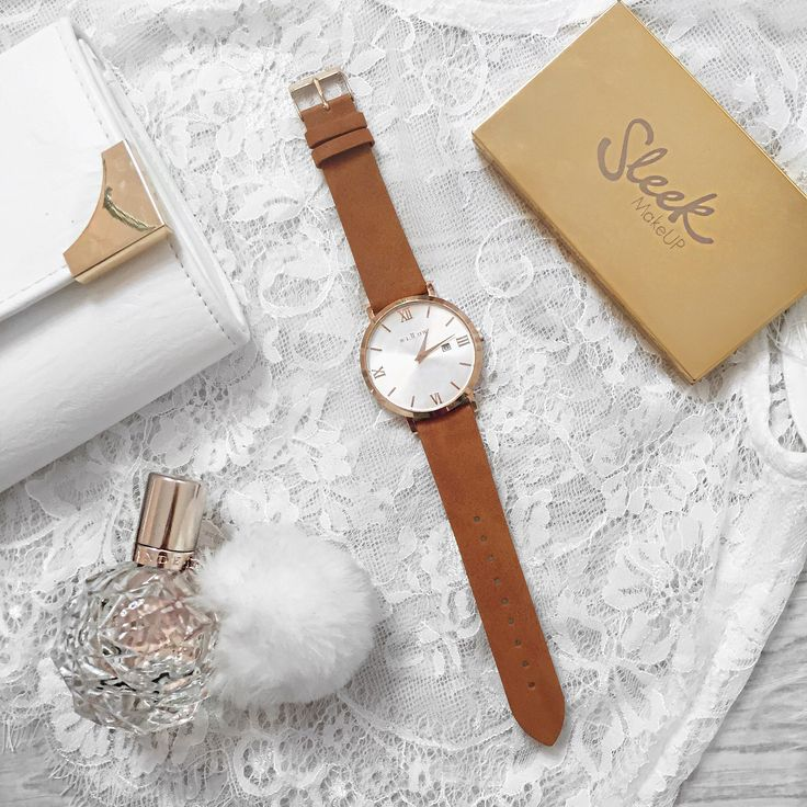 Let time be your friend and enjoy it to the fullest. This watch is VEGAN friendly!