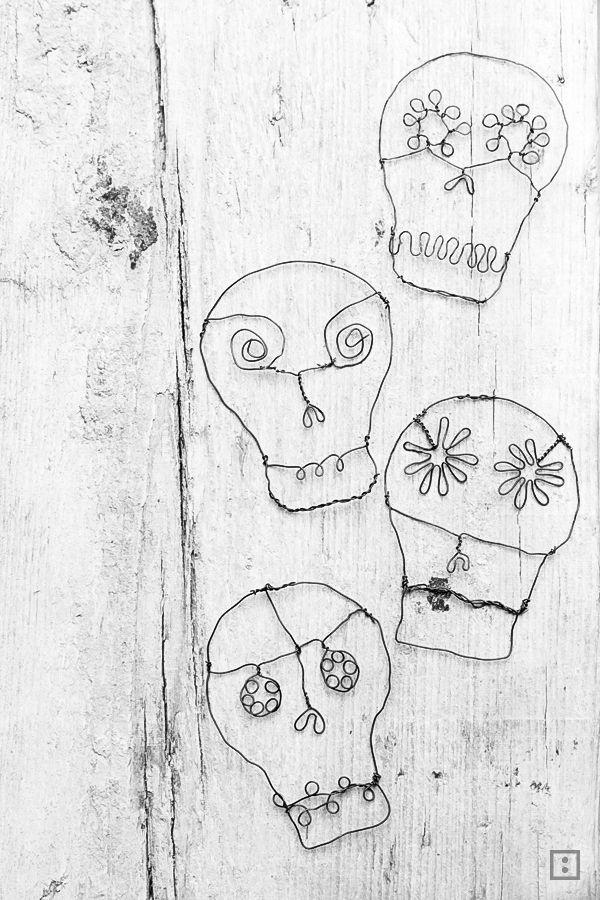 Halloween-Deko Totenkopf aus Draht - mexikanische Totenmaske