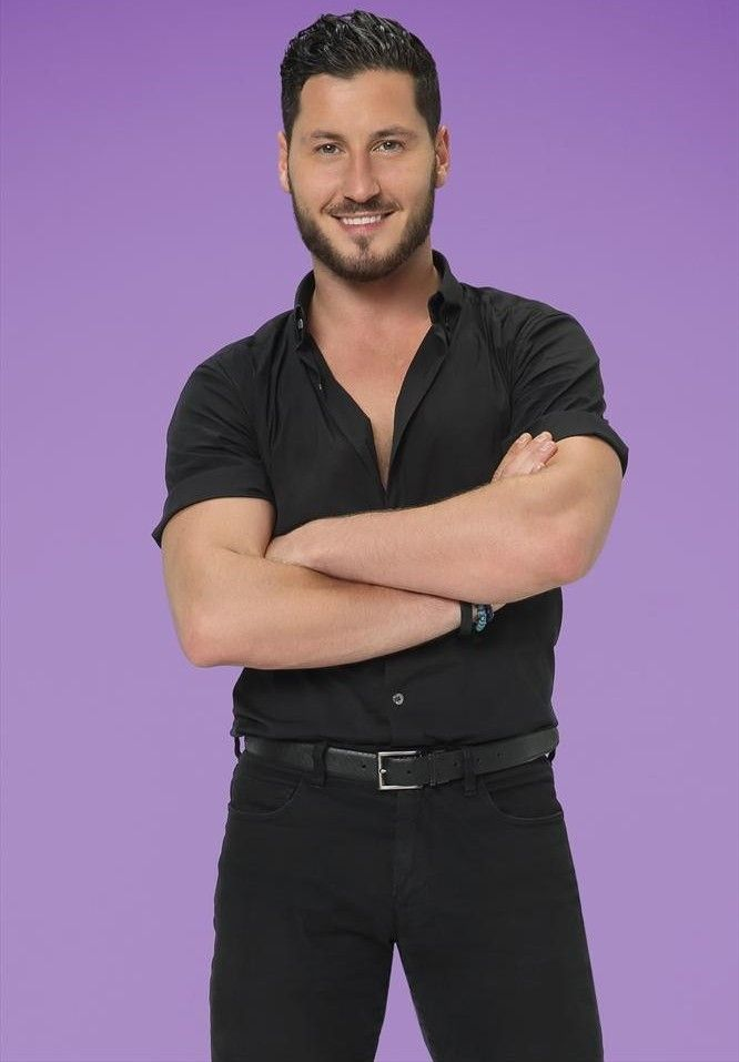 DWTS19 Official Pic - Val Chmerkovskiy