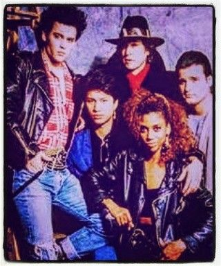 """30 years ago today On Sunday April 12,1987, 21 Jump Street premiered on Fox. Starring Johnny Depp, Peter Deluuse, Holly Robinson, Dustin Nguyen and Fredric Forrest. (Later replaced by Steven Williams) Cast members sometimes changed adding Sal Jenco, Richard Grieco, Gina Nemo, Michael Bendetti, Tony Dakota & Michael Deluise. Hosting numerous """"Before they were famous"""" guest stars. Airing for 5 seasons, and tackling numerous issues relevant even today."""