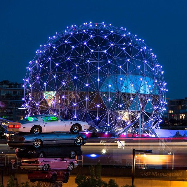 Late Night Drive-In  ⠀⠀⠀⠀⠀⠀⠀⠀⠀ ⠀⠀⠀⠀⠀⠀⠀⠀⠀ ⠀⠀⠀⠀⠀⠀⠀⠀⠀ ✨ Cars pile in to watch the dazzling display of lights at Science World and over False Creek. The Skytrain whizzes by along Quebec Street creating some long light trails. LaterGram 05-05-2015 ✨  #transamtotem  #vancouverbiennale  #scienceworld  #telusworldofscience ✨ #skytrain  #vancouver ⠀⠀⠀⠀⠀⠀⠀⠀⠀⠀⠀⠀⠀⠀⠀⠀⠀⠀ ⠀⠀⠀⠀⠀⠀⠀⠀⠀ ⠀⠀⠀⠀⠀⠀⠀⠀⠀
