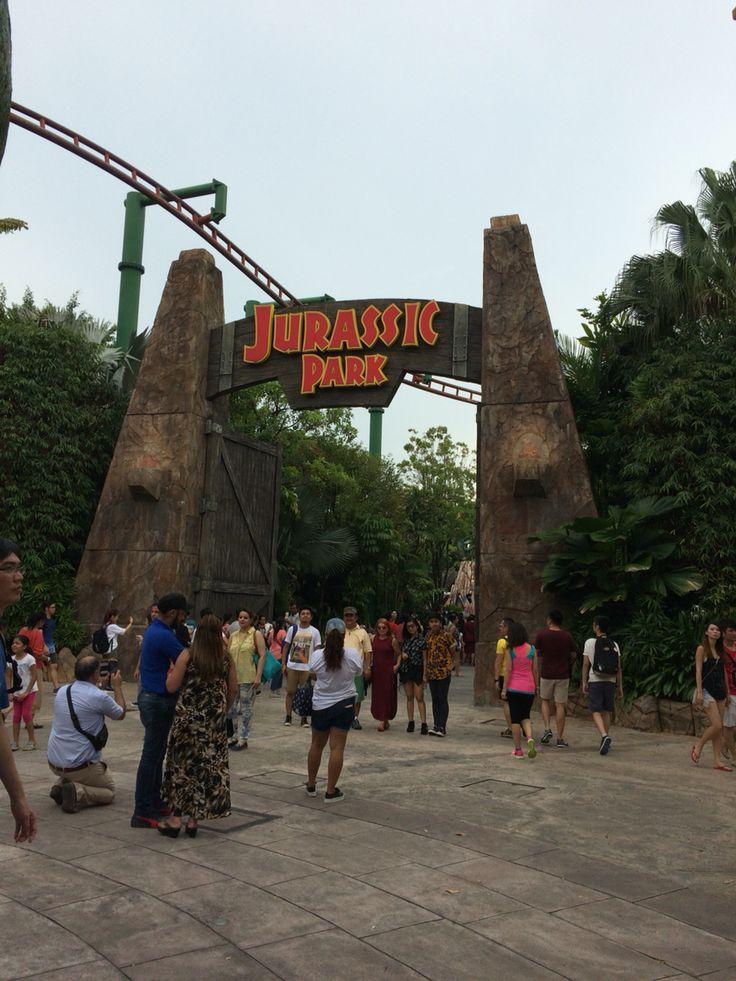Jurassic Park at Universal! ☺️