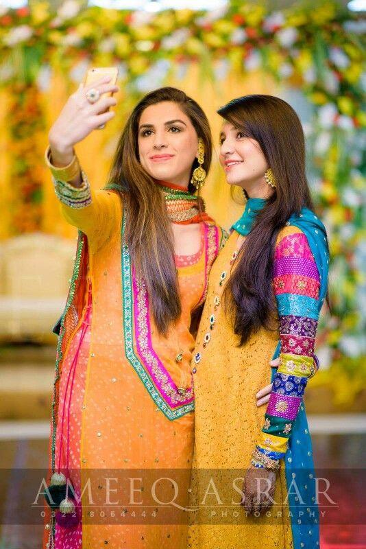 Pakistani Mehndi - Pakistani Bride And Groom ♡ ❤ ♡ Pakistani Wedding Dress, Pakistani Style. Follow me here MrZeshan Sadiq  Photo by Ameeq Asrar Photography   https://m.facebook.com/ameeqasrar.photography/