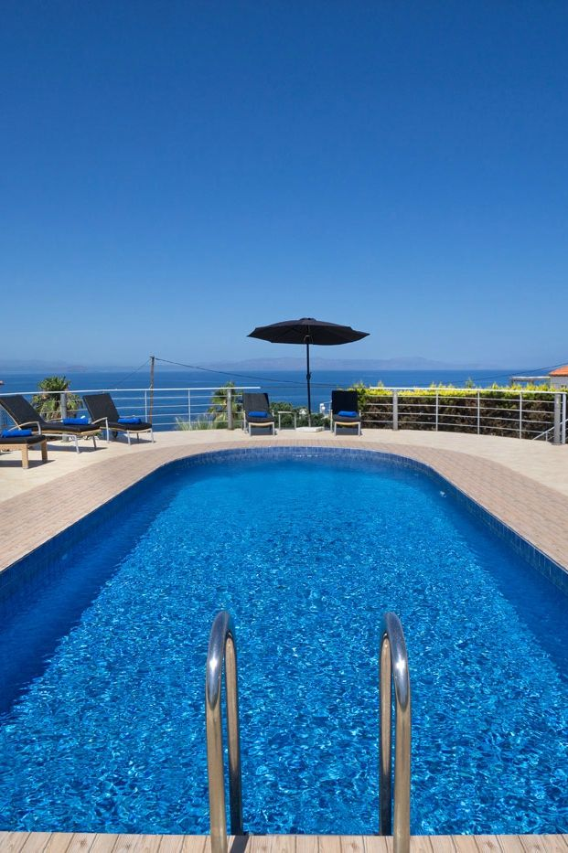 The seafront 4-bedroom Tersanas Villa Nikos in Tersanas, Chania, Crete
