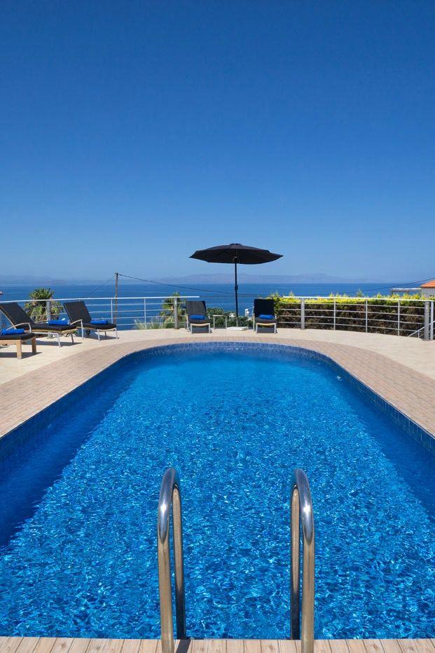 The sea view 4-bedroom Tersanas Villa Nikos in Tersanas, Chania, Crete