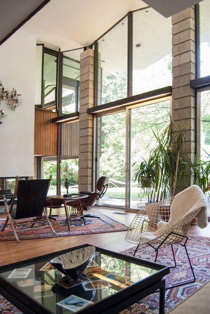Wallingford House, Living Area.