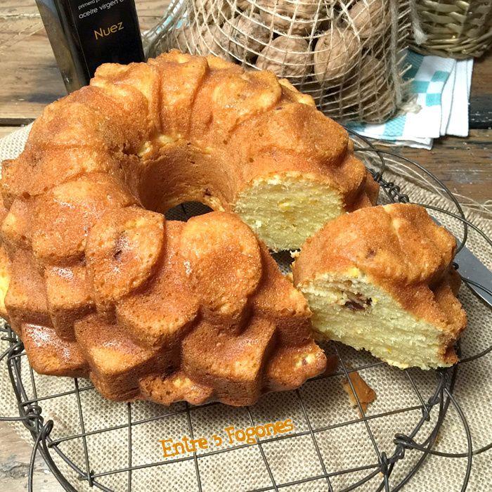 """Cocineros del Mundo: Recetas del Reto de Febrero """"Naranjas o Mandarinas"""" patrocinado por @naranjaslues Bundt Cake de Naranja con Nueces Garrapiñadas del blog Entre 3 Fogones"""