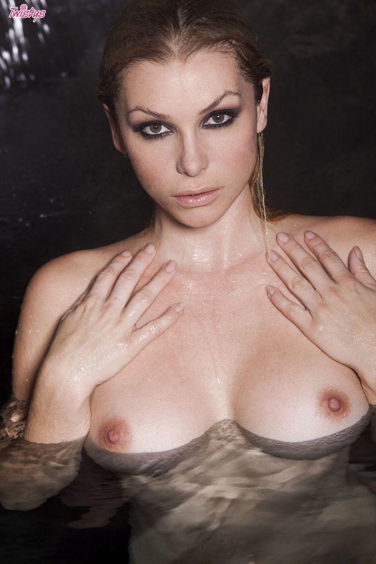 Heather Vandeven 🌹🌹 https://www.pinterest.com/kimpotteryltc/beautiful-babes