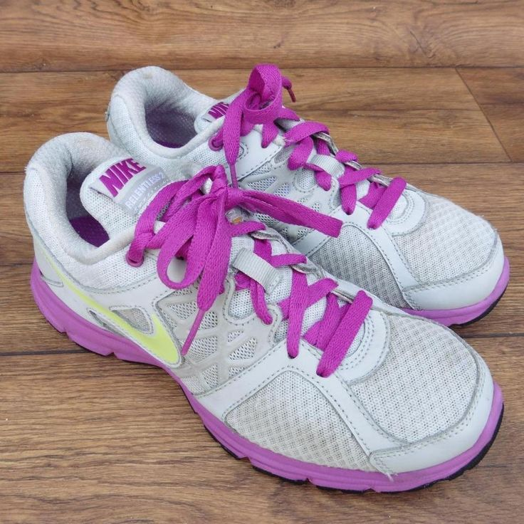 SIZE UK 5.5 NIKE RELENTLESS 2 WOMENS RUNNING SHOES TRAINERS LIGHT GREY PURPLE