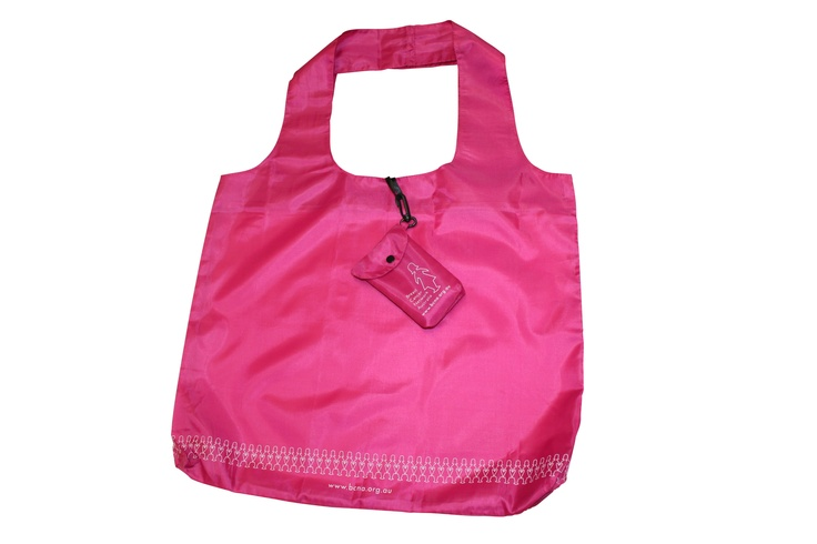 Shop in style with our pink shopping bag and save the environment at the same time!    Made from a strong, durable and lightweight material, this reusable shopping bag is small enough to fit into your handbag, but also large enough to hold all of your goodies.    It folds into a pouch that features a key ring clasp so you'll never forget it!