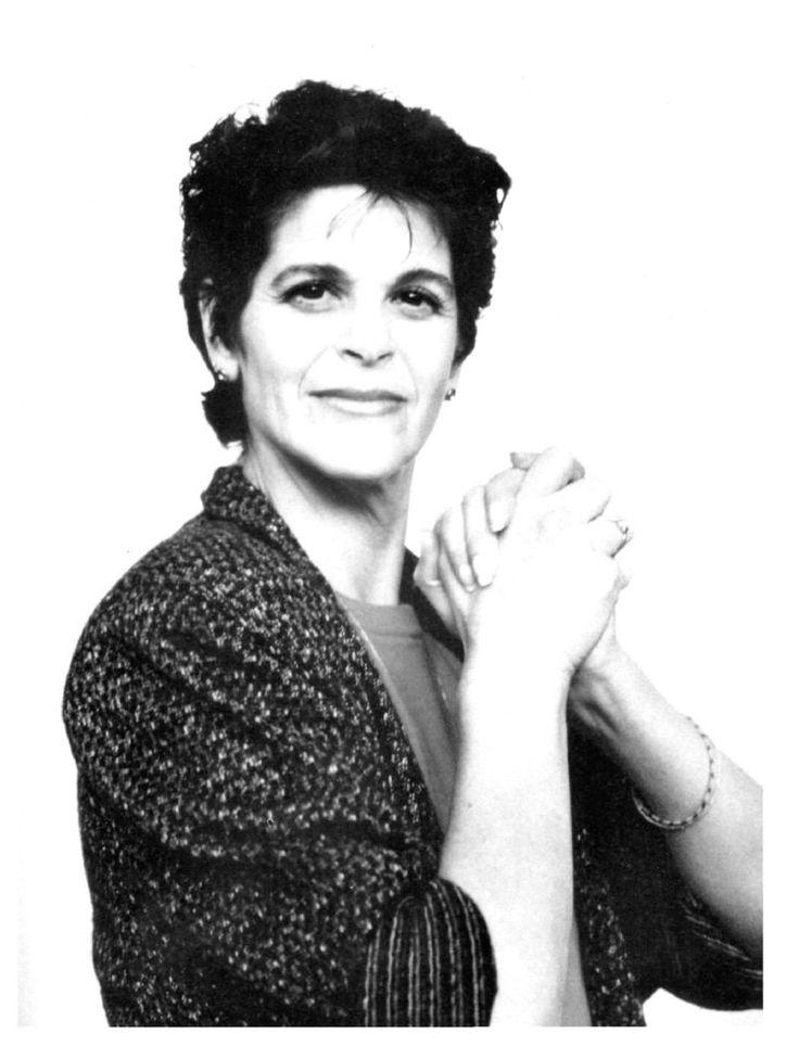 Gilda Radner GIFs - Find & Share on GIPHY