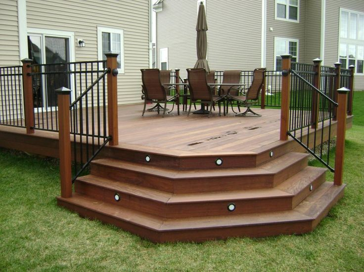 love a deck with pretty stairs