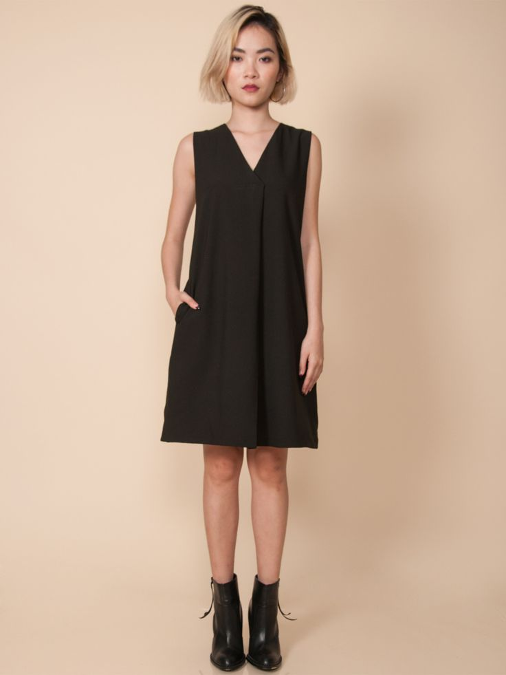AVERY Pleat Front Midi Dress (Black)