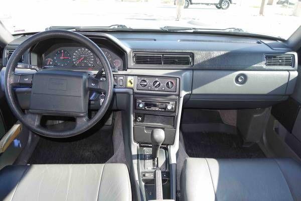 Schöner Ziegelstein: 1993 Volvo 940 Turbo Wagon – Carlos Navarro