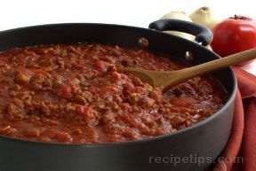 Homemade Chili Recipe from RecipeTips.com!  recipetips.com - This all-time favorite can be seasoned to create a mildly flavored chili or one that is extra hot for those who enjoy a touch of heat. With homemade chili recipes you can start with the basic chili recipe and add ingredients to suit your taste.