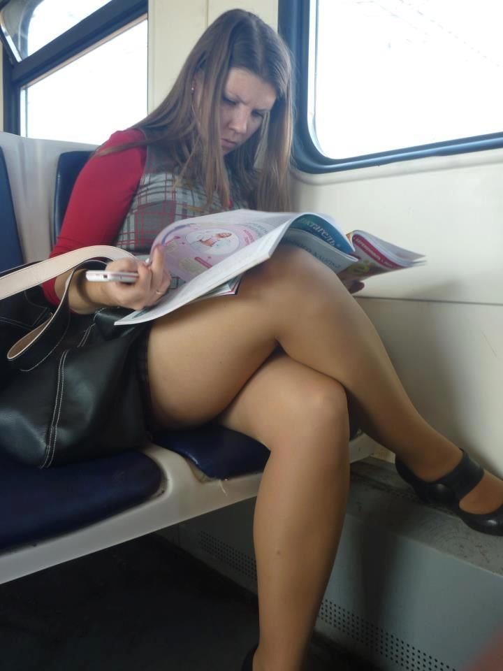 Yes, girls in pantyhose free pics ass