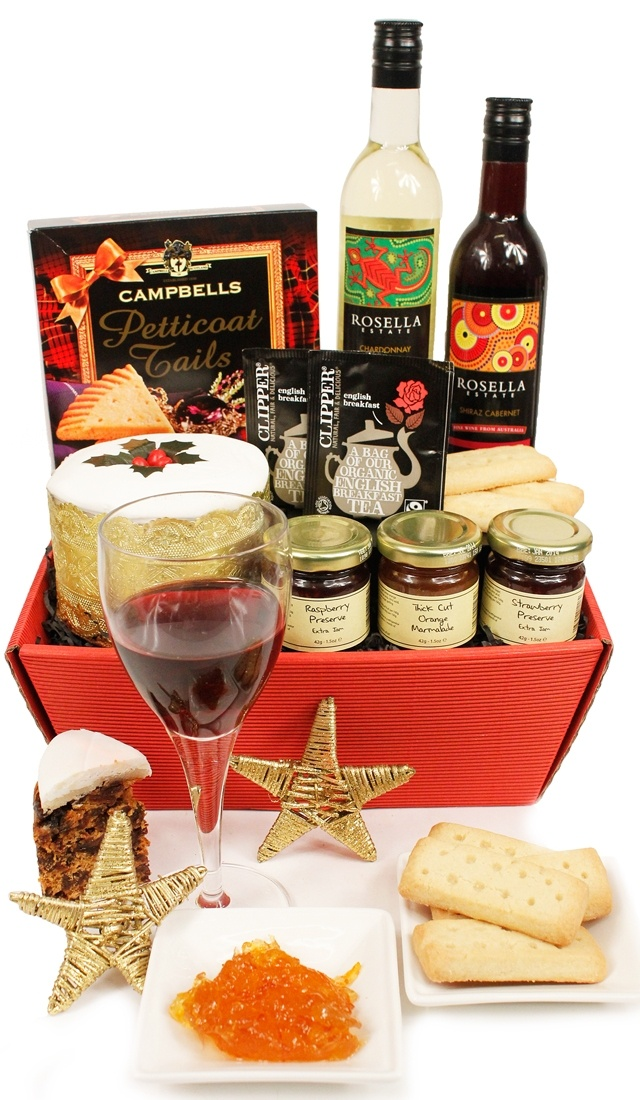 The delicious St Nicholas Christmas Hamper www.eden4hampers.co.uk