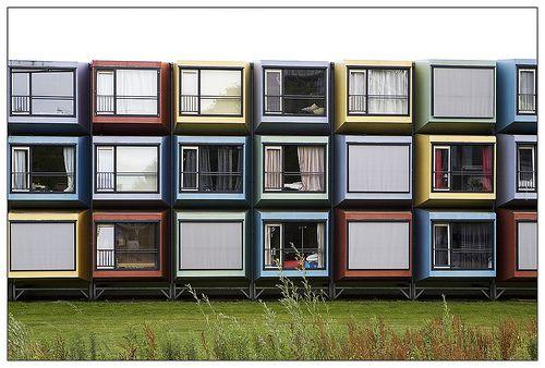 Spacebox de vifj architects residencia de estudiantes universidad de utrecht holanda - Lot ek container home kit ...