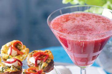"""Frozen Strawberry & Vanilla Vodka Slushies ""  http://www.taste.com.au/recipes/21157/frozen+strawberry+and+vanilla+vodka+martini"