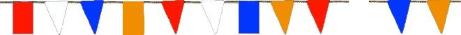 Versier het lokaal met vlaggenlijnen. Het is ook mooi om aan hoepels rood/wit/blauwe/oranje linten van crêpepapier te hangen....