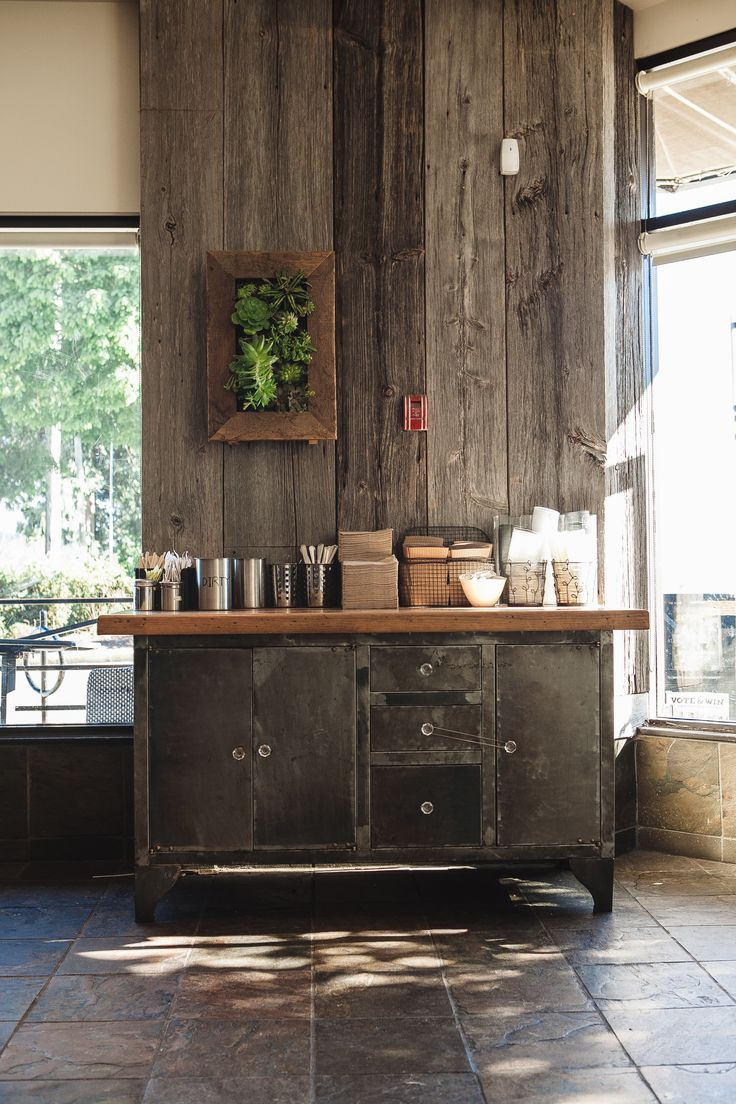 Cafe Crema Vancouver, Canada
