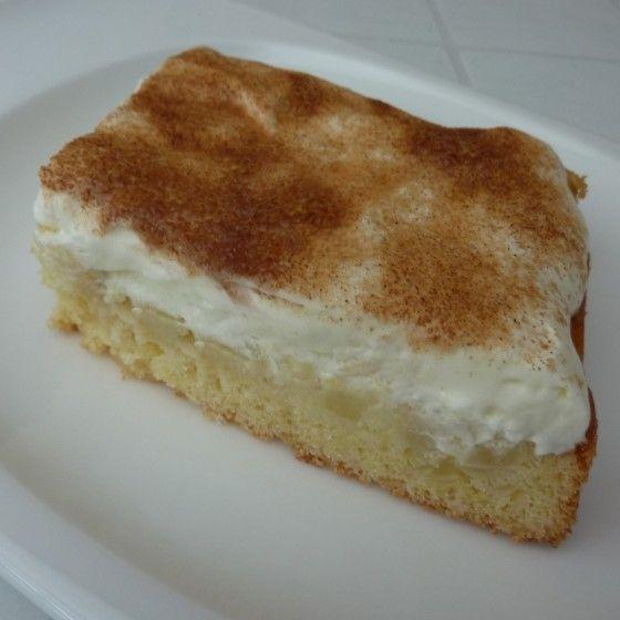 Apfelkuchen vom Blech mit Schmand-Haube   – Thomas Bäumges
