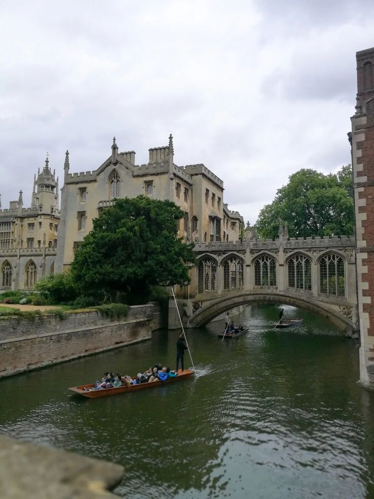 The City Series: A Mini Trip to Cambridge – Ghenet Actually Places To Travel, Places To Visit, British Travel, Staycation, All Over The World, Temples, The Great Outdoors, Cambridge, About Uk