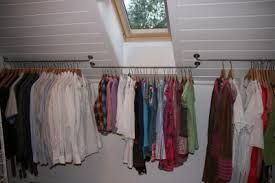 Bilderesultat for garderobestang skråtak